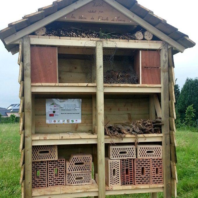Création d'un hôtel à insectes à Marcq