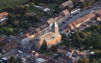 (Français) Petit-Enghien : des travaux qui mettent en valeur le centre du village